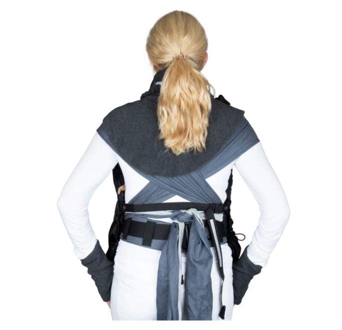 Mit Hals- und Dekollete-Schutz, sowie Handstulpen für die kalte Jahreszeit
